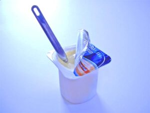 EV Consultoria Alimentaria - ¿ Yogur o postre lácteo? ¿ Importa mucho al consumidor?