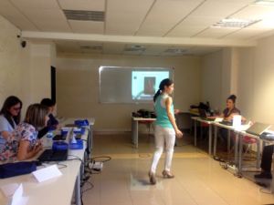 Esther Vázquez-Consultorian Alimentaria-Charla a Emprendores